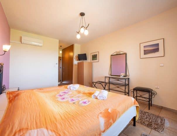 Double room Erodios hotel lake kerkini