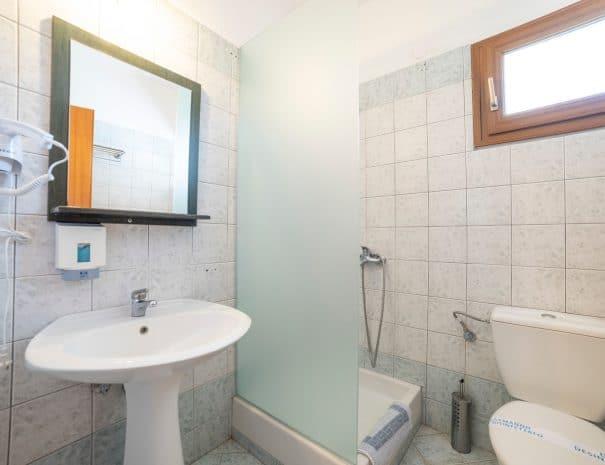 Bathroom Erodios hotel lake kerkini