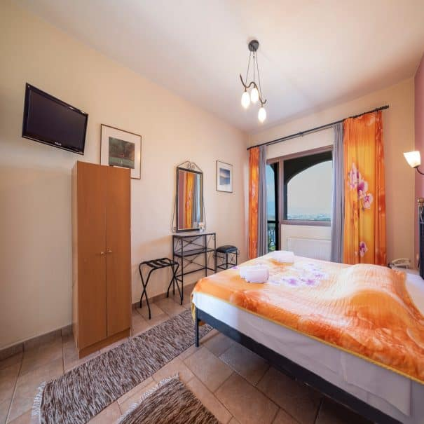 Double room at hotel Erodios lake kerkini