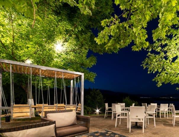 Erodios cafe bar at night
